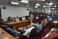 Comissão debate soluções para problemas do estacionamento rotativo em Timóteo