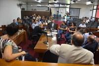 Emendas à lei de reforma administrativa são votadas