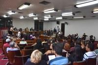 Parlamentares aprovam projetos legislativos em reunião ordinária